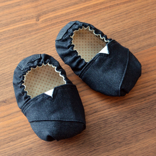 1601_Grippy-slippers