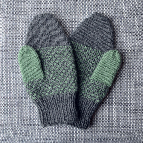1601_More-mittens_01