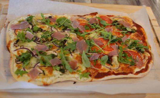 1605_Pizza-pizza_01