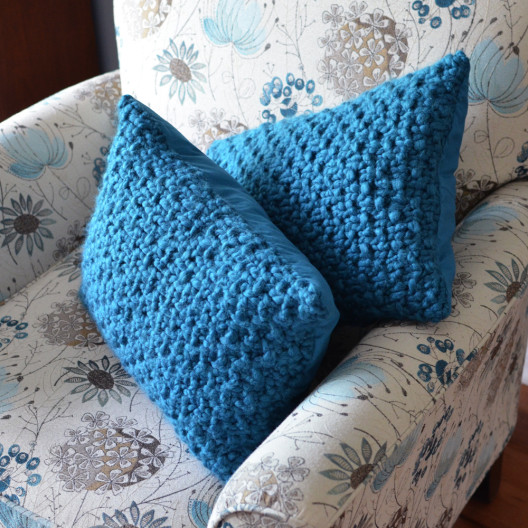 1606_Knit-pillows_02