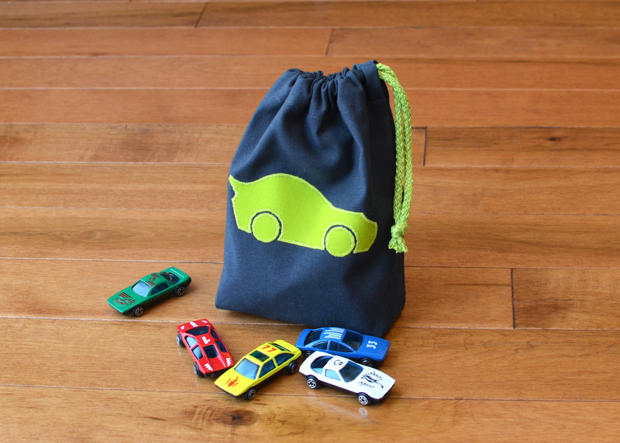 1703_Toy-bags_01