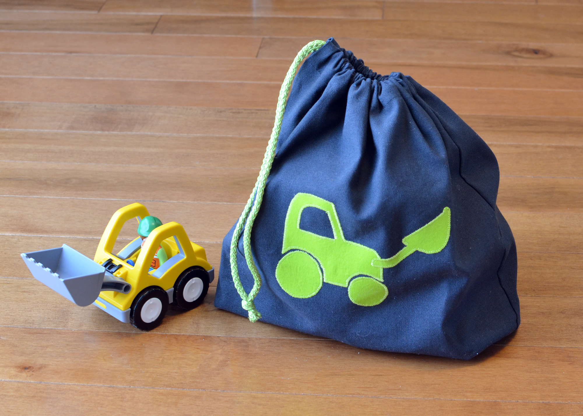 1703_Toy-bags_02
