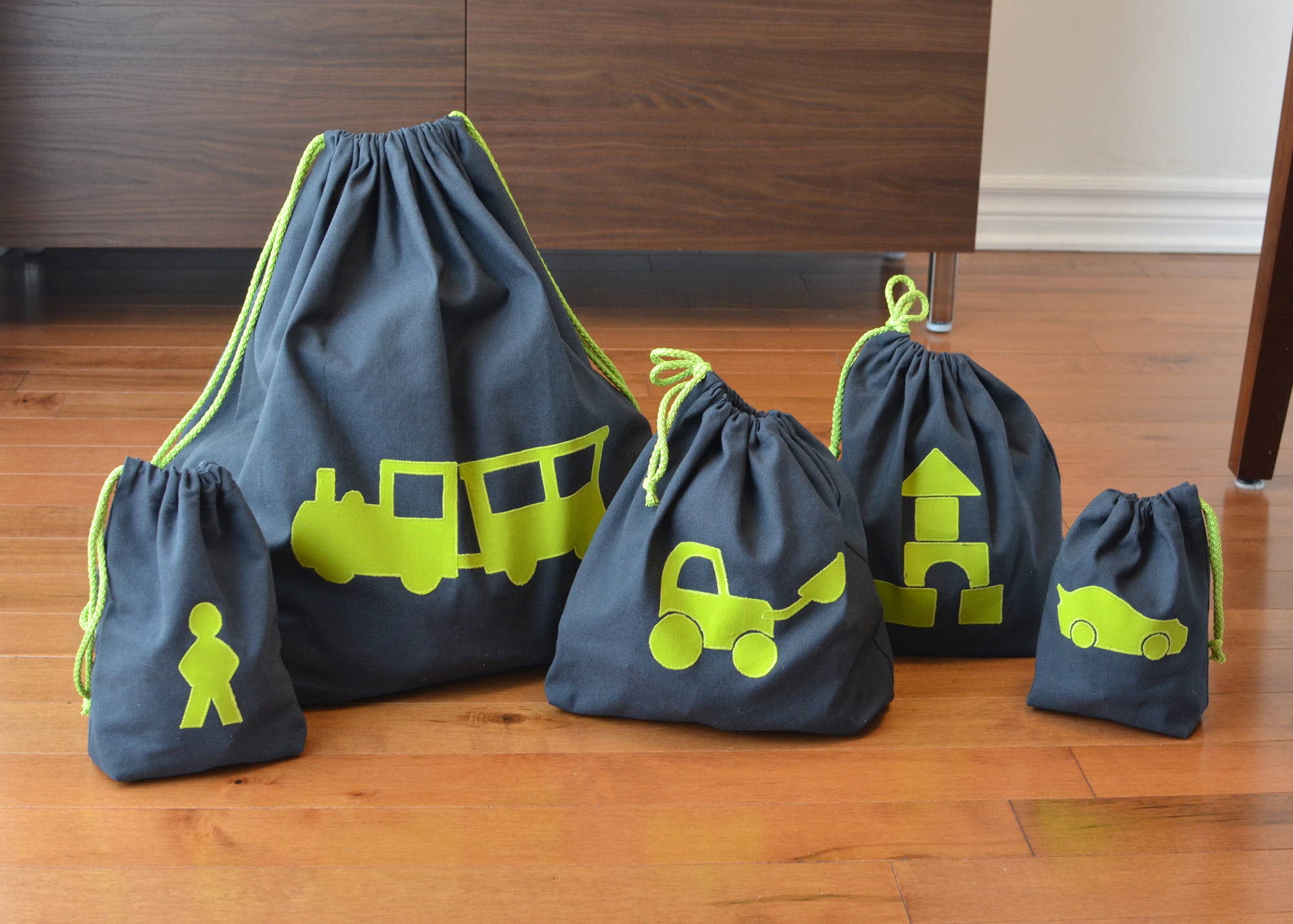 1704_Toy-bags_03